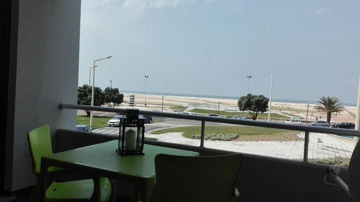 Apartamento  T2 em frente à praia de Buarcos