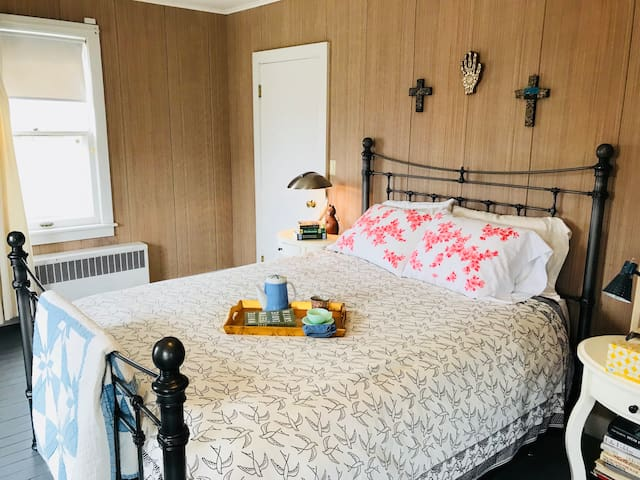 Large bedroom with Queen bed: we also have a pack-n-play for an infant or toddler to sleep next to you or in another bedroom.