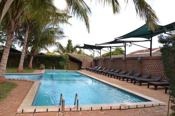 Impala Safari Lodge - Apartment