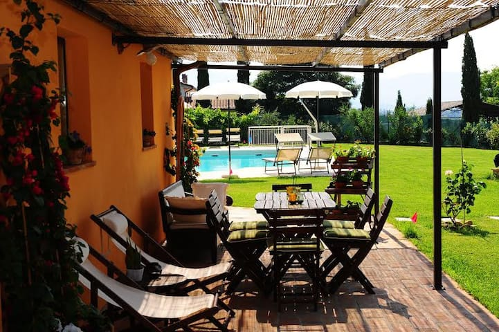 Apartment with pool in Tuscany - Pratantico - Apartemen