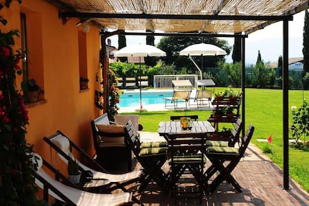 Apartment with pool in Tuscany - Apartment