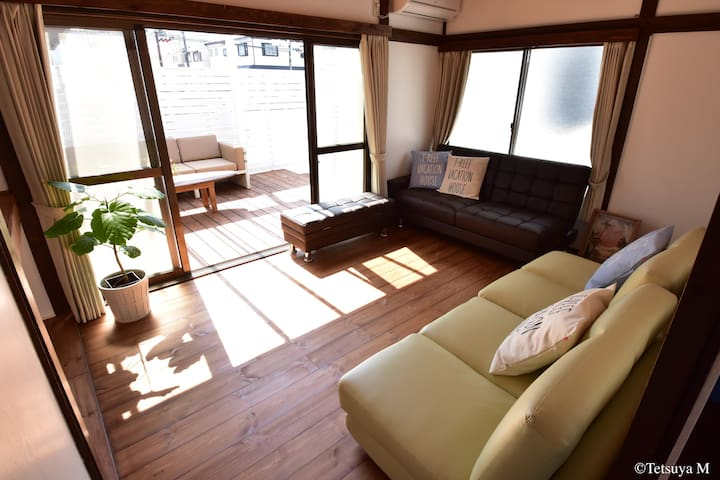 From the house to the terrace / 部屋からテラスに出れます