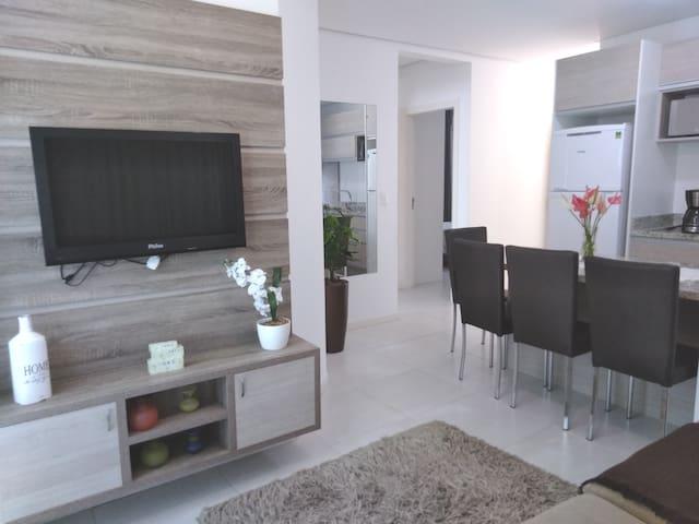 Ótimo apartamento a 400 m da praia de Palmas!