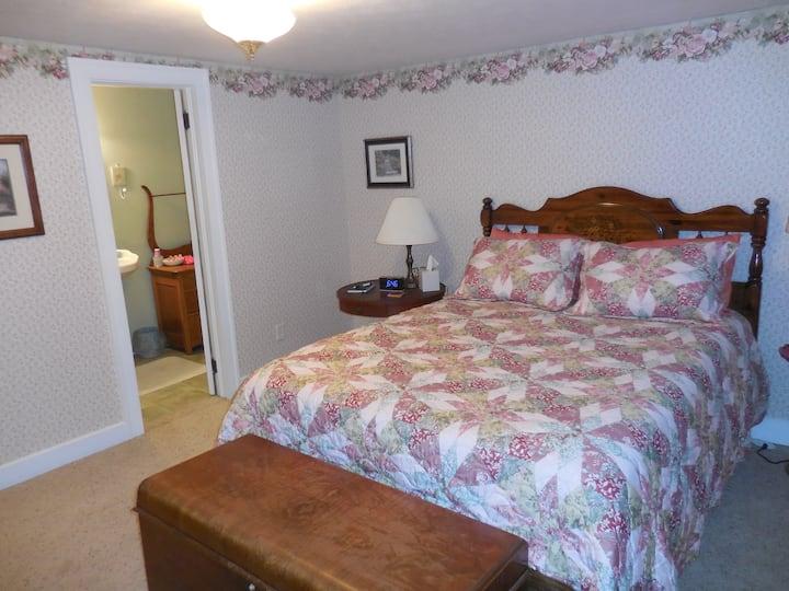 Rose Room at Newhouse Family Inn