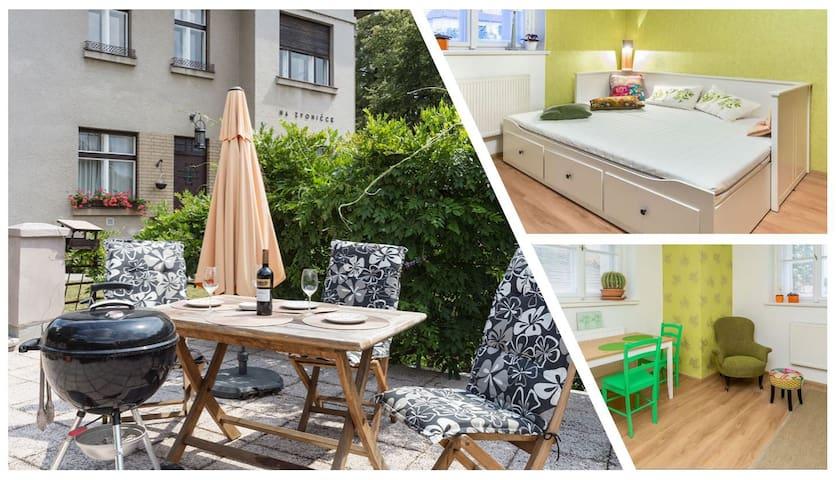 Cozy apartment in Art deco style vila