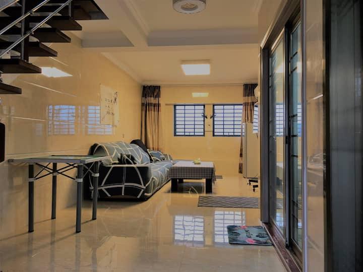 (96平方复式高层 )华大  华侨大学旁润柏香港城 高层 山景 智能门锁两房两卫两浴一大厅 独立厨房