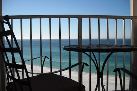 Luxury Beach Front Condo - Great Place to Relax - Panama City Beach - Condomínio
