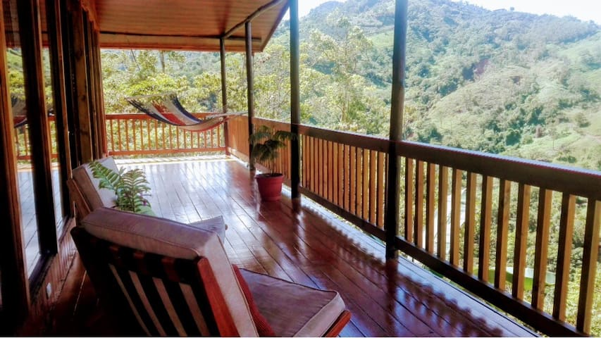 BREATHTAKING VIEWS !!!  CABIN RIO VISTA