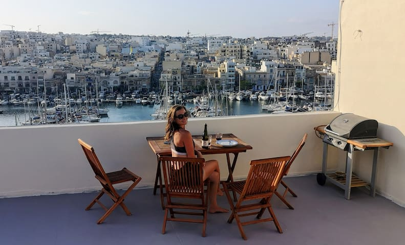 Experience a Maltese Seaview Penthouse!