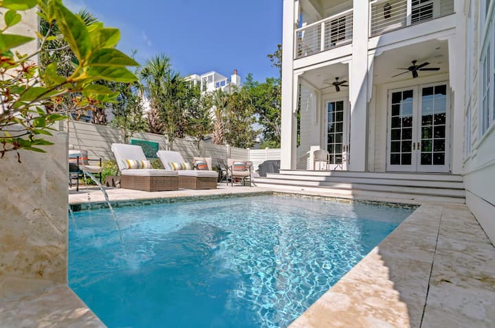 30A Luxury Vacation Rental `White Azalea` in Seagrove Beach with Private Pool, Gulf Views + 6 Free Bikes!