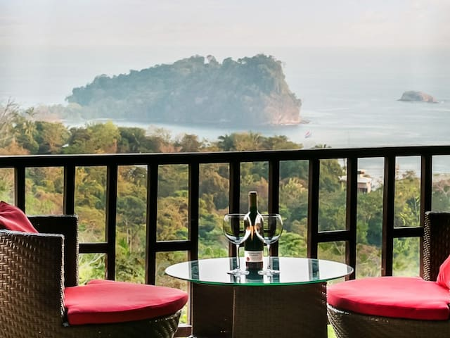Manuel Antonio Park View Condo 13 down