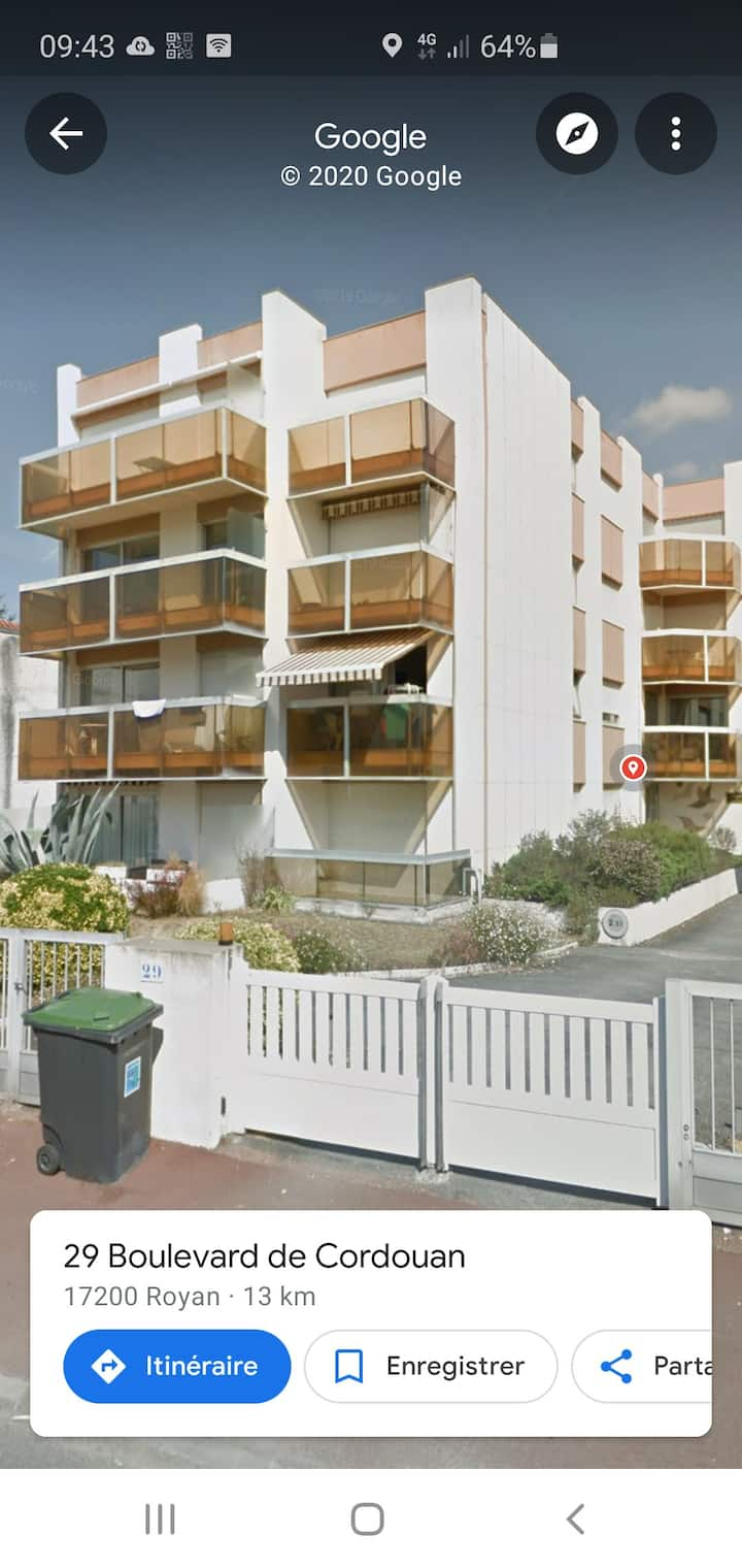 appartement calme, à  500m de la plage du Chay