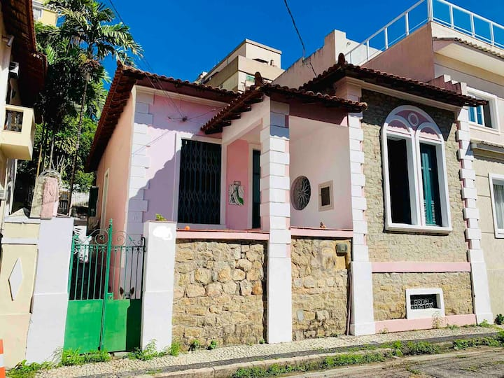 Cottage in Rio's most bohemian neighborhood!