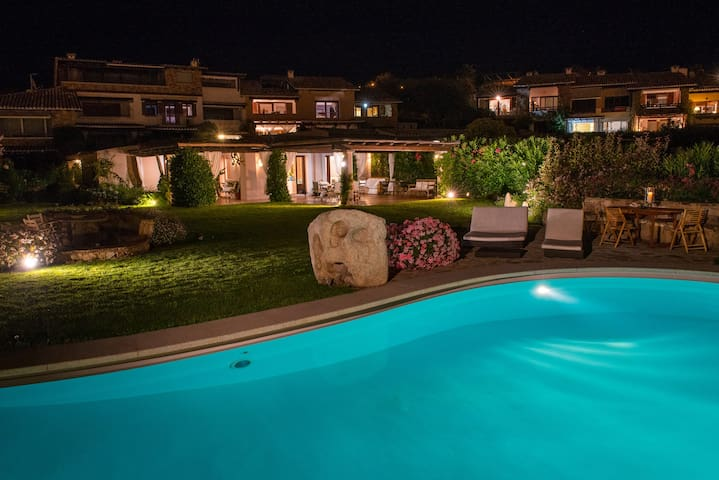 Luxury Villa with pool (Porto Rotondo) - Porto Rotondo