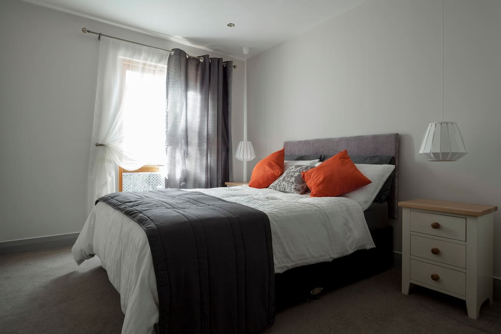 Two Bedroom Docklands Apartment Condominiums For Rent In Dublin Dublin Ireland