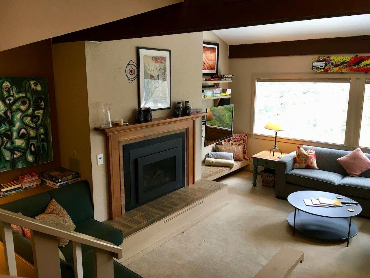 Gil's Lodge - a slope side townhouse at Stowe Mountain Resort