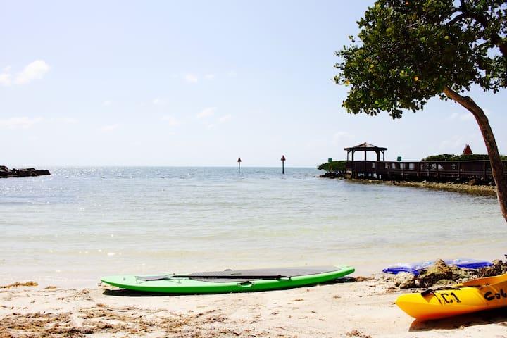 Ocean View Key Largo 2BR/2BA+2BR/2BA, on the beach - Tavernier - Apartamento