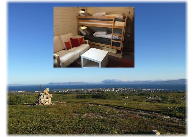 Myrullveien Bed & Breakfast - room with bunkbeds