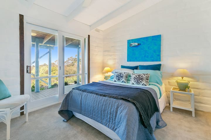 Bedroom 4, Wake up with Westernport Bay Views