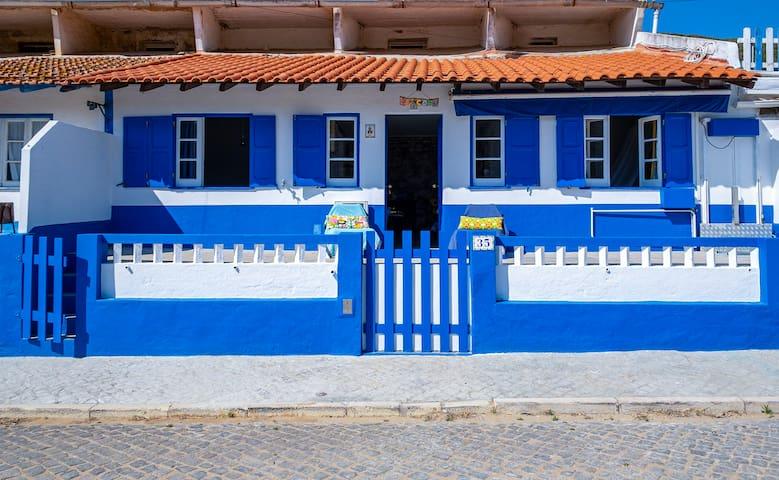 Ericeira house in Lizandro beach