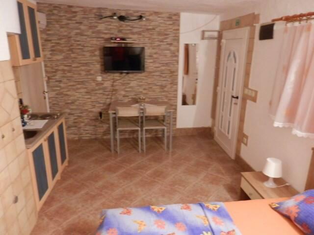 Guest House Tiho / Studio apartment  SA2