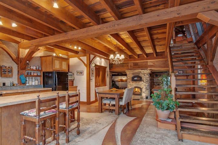 maison chaleureuse et accueillante - ลาวัล - บ้าน