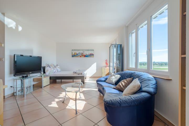Kleine & Feine 1 Zimmer Wohnung mit  Balkon