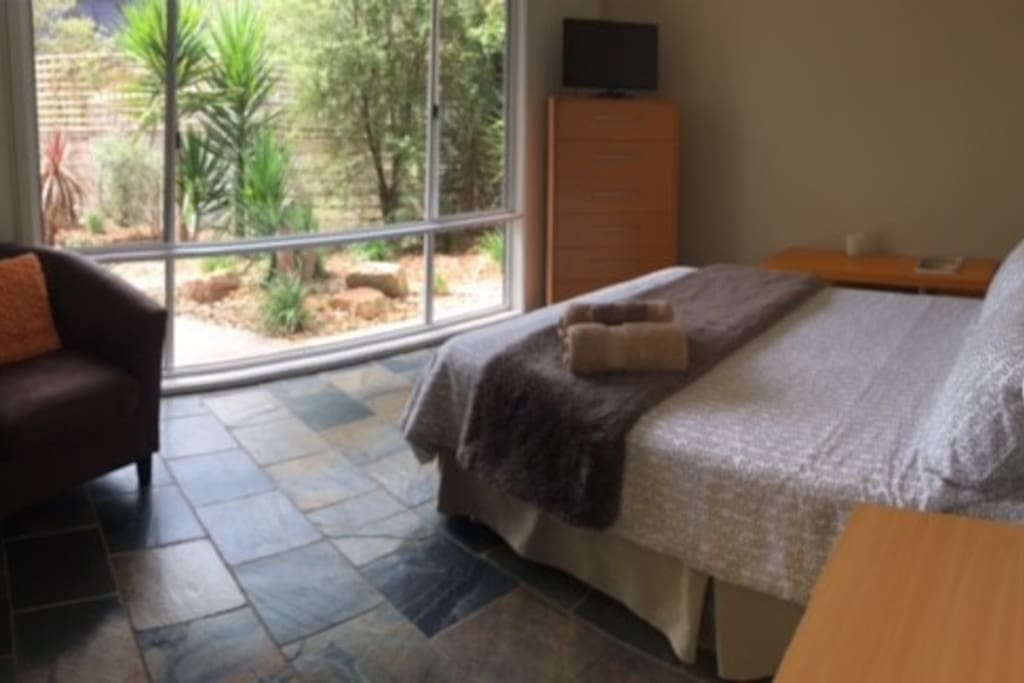 Double bed in 2nd bedroom with TV