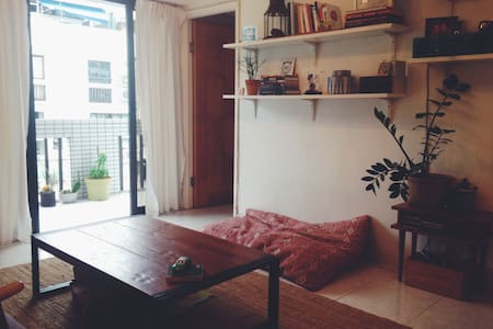 Nice and confy 2 bedroom flat with rooftop - Lamma Island - Wohnung