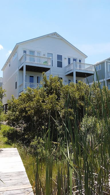 The home has beautiful water views of sound and intracoastal waterway.