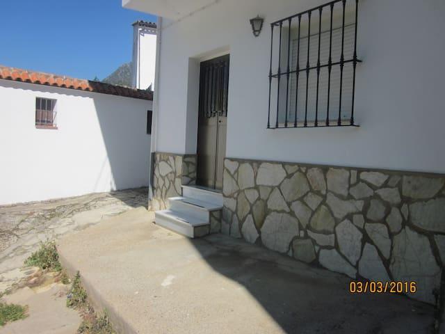Casa Luz Benamahoma - Benamahoma - House