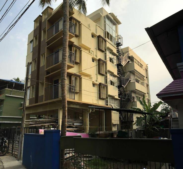Silver Aquino Service Apartment bldg