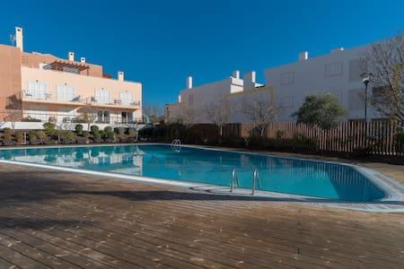 Glip Red Duplex Apartment, Cabanas Tavira, Algarve - Cabanas de Tavira - Apartemen