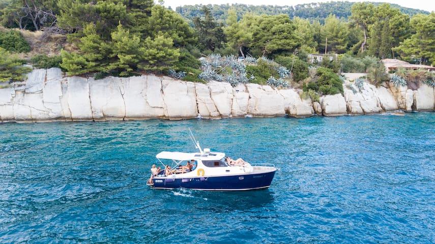 Yacht Sunset Split (skippered day trips)