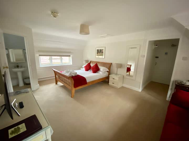Home Farm Hotel & Restaurant Superior Bedroom + 2