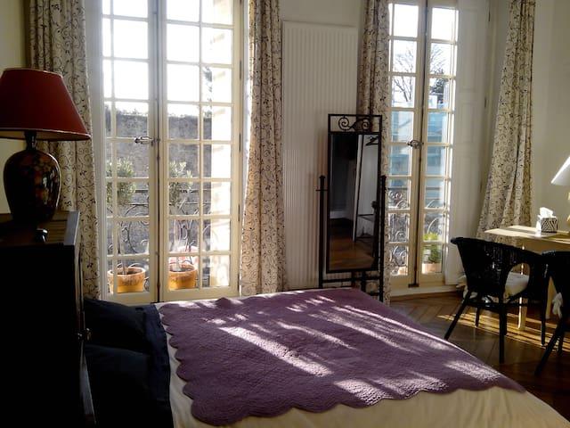 Chambre d'hôte du château - Dourdan - Apartment