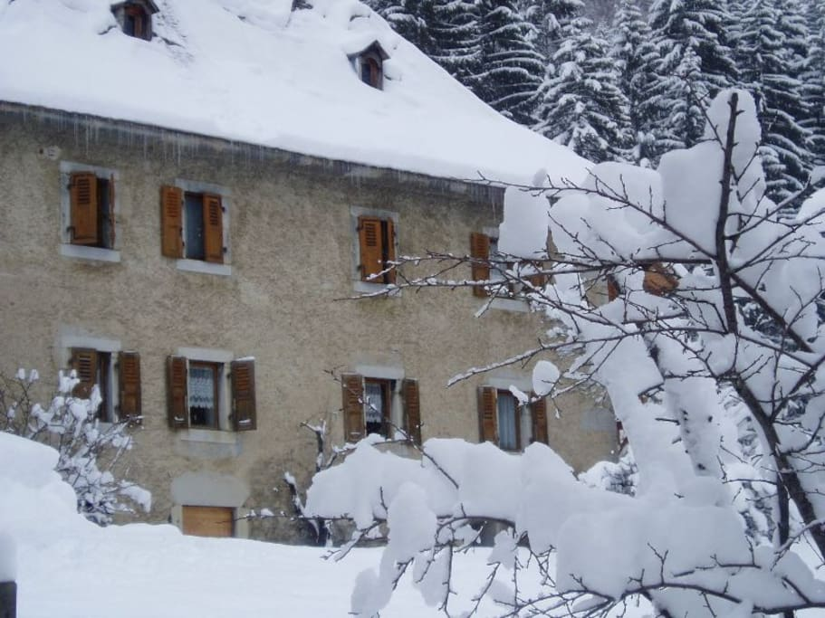 chalet le château l'hiver