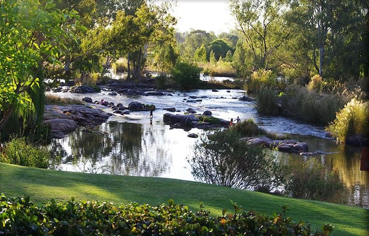 Dancing River - Parys - Townhouse