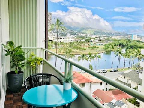 ❤️ of Waikiki. WATER View Studio Sunny Full Kitchen