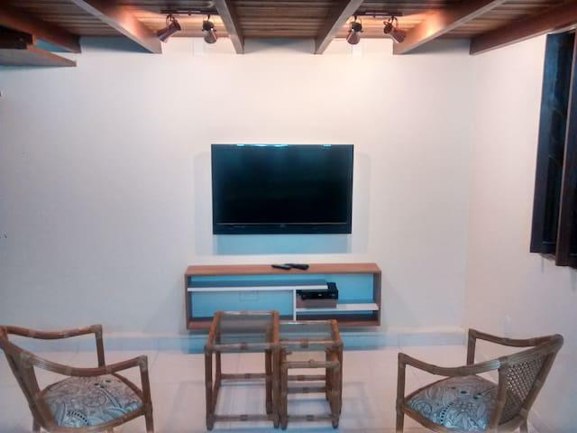 Aconchegante Kitnet em Vilas do Atlantico - Lauro de Freitas - House