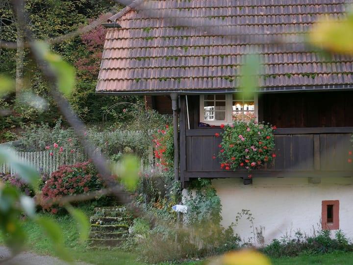 Buchenhof, (Zell am Harmersbach), Ferienhaus Speicher, 80qm, 2 Schlafräume, überdachte Terrasse, max. 4 Personen