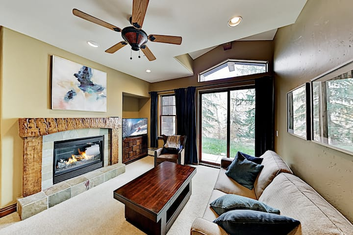 The Lodge at Brookside | Condo with Pool & Hot Tub