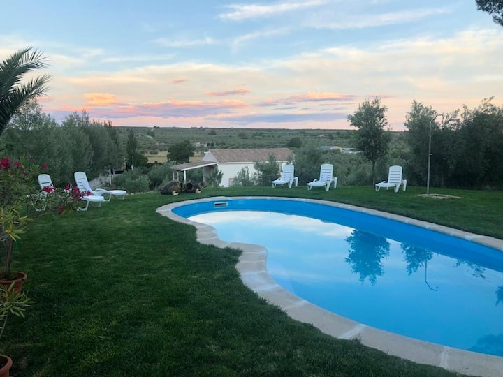 House with 2 bedrooms in Pozo Alcón, with shared pool and furnished terrace