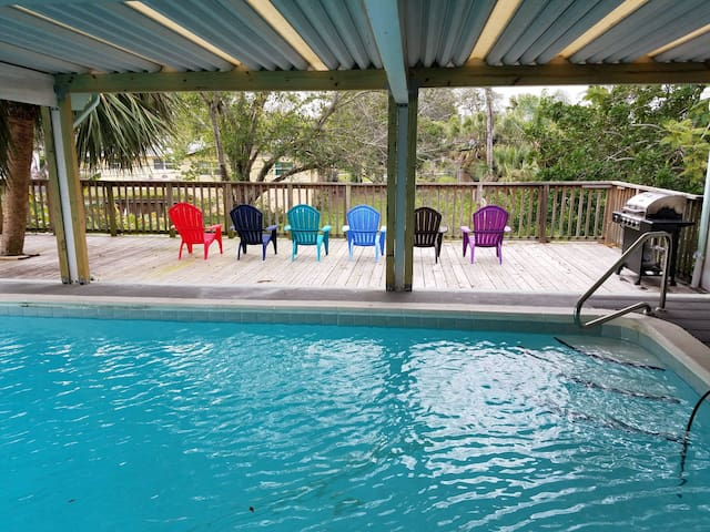 Central Melbourne (Heated) Pool Home 4/2 Sleeps 10