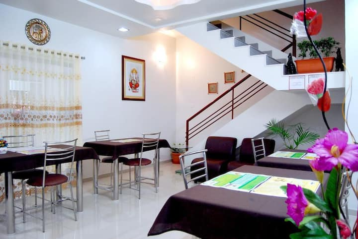 Teerth Villa   Furnished Deluxe AC Rooms