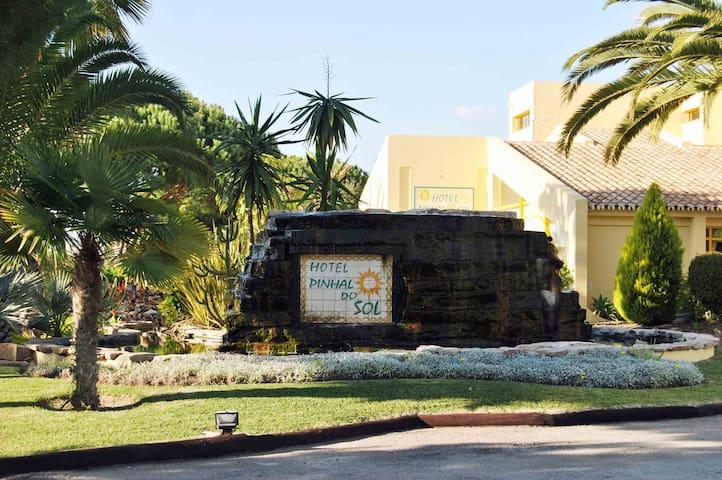 Hotel simpatico, relaxante e atencioso
