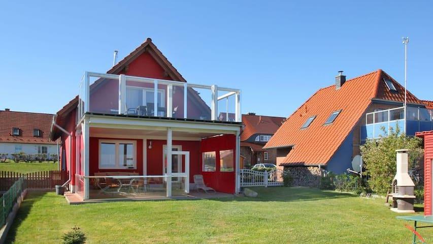 Ferienhaus Rotkehlchen Wohnung Anna - Gager
