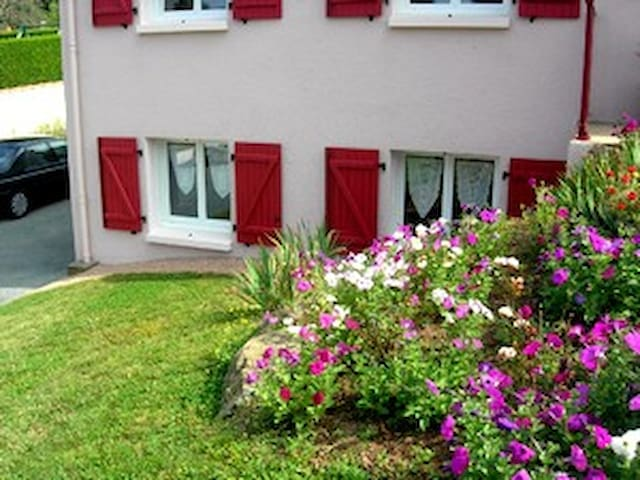 LA FRAMBOISINE: appartement  30m2 chez l'habitant - Saint-Michel-Mont-Mercure - Appartement