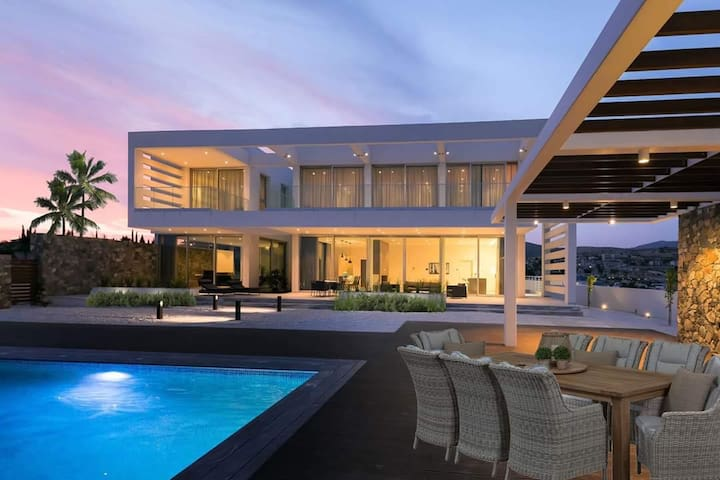 Villa Callista (Kalogiroi, Limassol) -  Super Modern 5 bedroom Villa with Private Pool and Sauna Facility