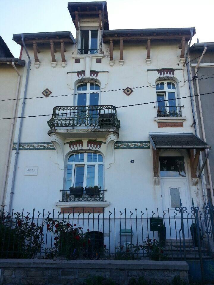 Maison entière de 1912 rénovée